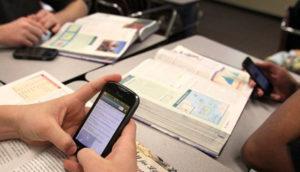 smartphone nelle scuole
